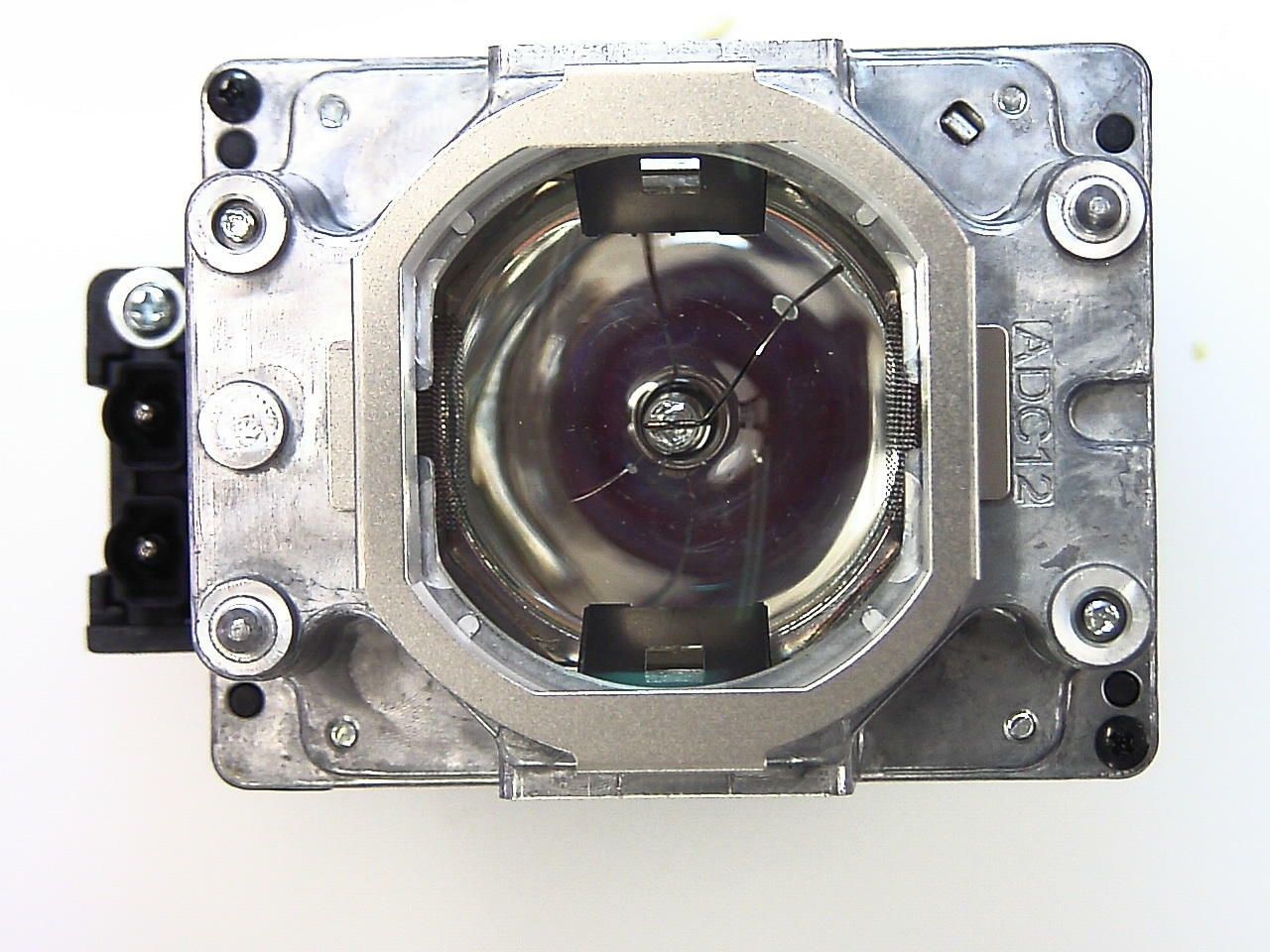 Mitsubishi Vlt Xl7100lp 915d116o15 Projector Replacement